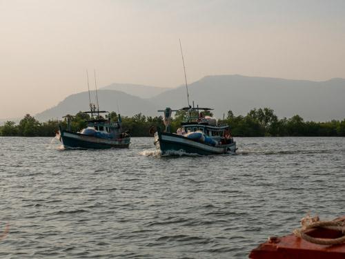 Cambodia-Kep-33P1011081